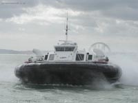 Hoverwork British Hovercraft Technology BHT-130 - Arriving at Southsea hoverport, front view (James Rowson).