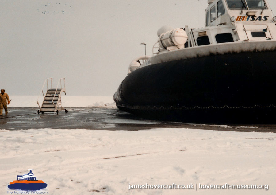 AP1-88 hovercraft with the Scandinavian company SAS -   (The <a href='http://www.hovercraft-museum.org/' target='_blank'>Hovercraft Museum Trust</a>).