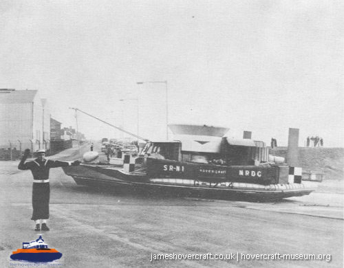 SRN1 fitted with a new bow to trial the SRN2 -   (The <a href='http://www.hovercraft-museum.org/' target='_blank'>Hovercraft Museum Trust</a>).