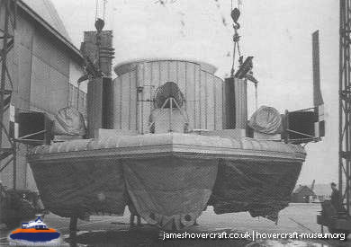 SRN1 fitted with a new skirt -   (The <a href='http://www.hovercraft-museum.org/' target='_blank'>Hovercraft Museum Trust</a>).
