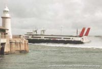 SRN4 hovercraft departing Dover -   (The <a href='http://www.hovercraft-museum.org/' target='_blank'>Hovercraft Museum Trust</a>).