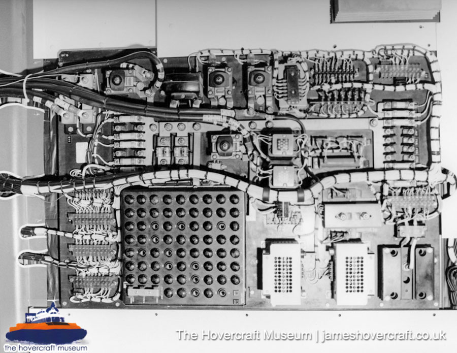 SRN6 close-up details - Circuitry (The Hovercraft Museum Trust).