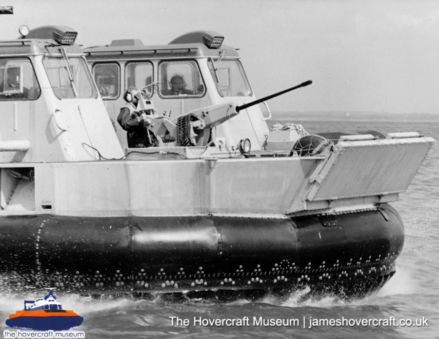 SRN6 Mark 5 - Welldeck -   (The Hovercraft Museum Trust).