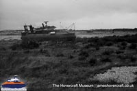 SRN6 with the military -   (The <a href='http://www.hovercraft-museum.org/' target='_blank'>Hovercraft Museum Trust</a>).
