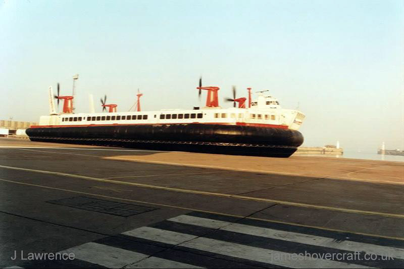 The SRN4 with Hoverspeed in Dover with a new livery - The Princess Margaret (GH-2006) departing Calais Hoverport (Pat Lawrence).