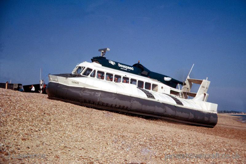 The SRN6 at Cowes under Seaspeed - Hovering on the beach (Pat Lawrence).