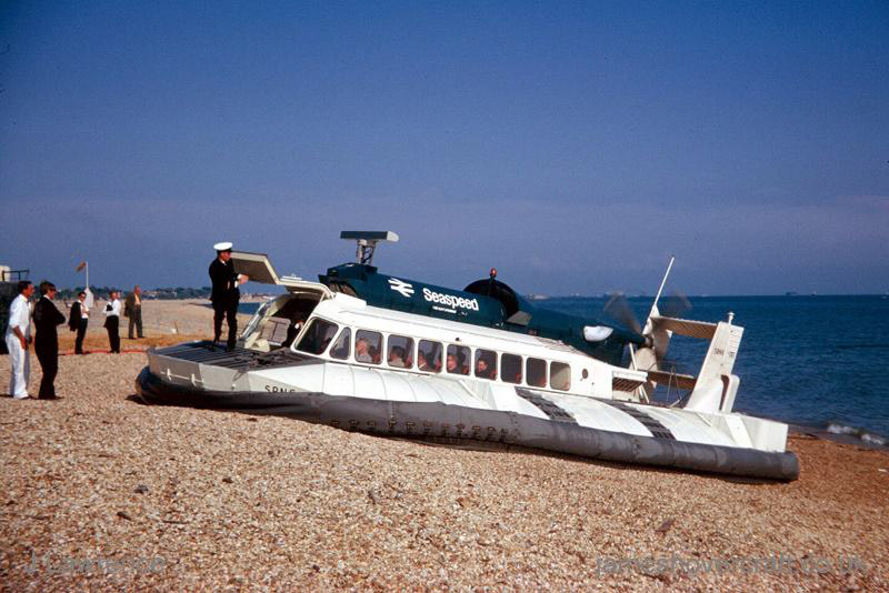 The SRN6 at Cowes under Seaspeed - Landed on the pebbles (Pat Lawrence).