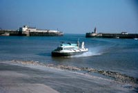 The SRN6 with Hoverlloyd - Sure approaching Ramsgate slipway (Pat Lawrence).