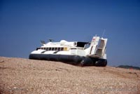 The SRN6 with the Inter-Service Hovercraft Trials Unit, IHTU - Climbing the beach ridges (Pat Lawrence).