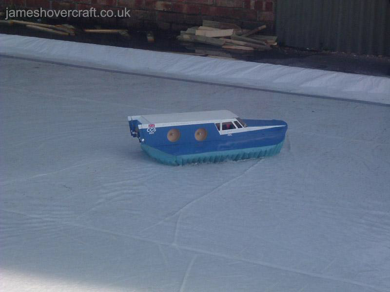 Mark Porter's Model Hovercraft - CC5 (Tim Stevenson).