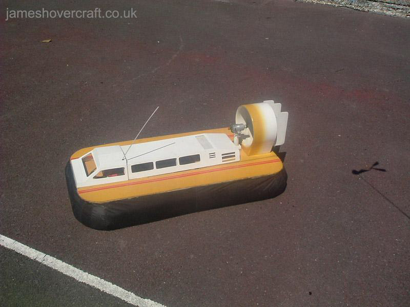 Model Hovercraft - Griffon 2000TDX by Jason Collins (Tim Stevenson).