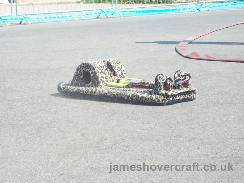 Model Hovercraft - Mercedes-Benz air-conditioning-powered shag-pile skirt land-only craft by Larry Hodgson (Tim Stevenson).