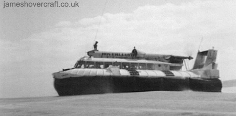 The SRN6 at Ramsgate - Hovering at the edge of the Ramsgate pad (Mike Fuller).